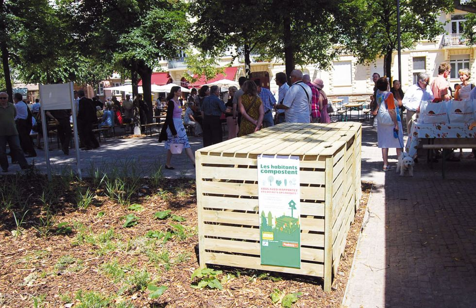 10-pla-arnold-compost-web.jpg